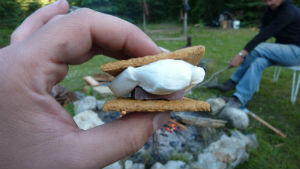 S'mores Campfire Cooking