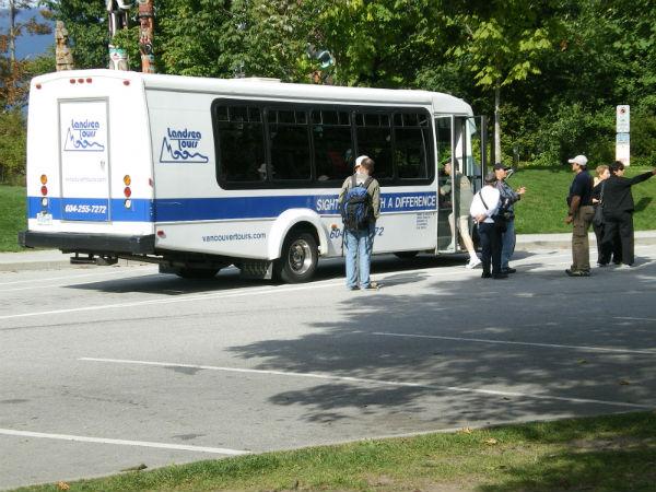 Canada Tour Bus