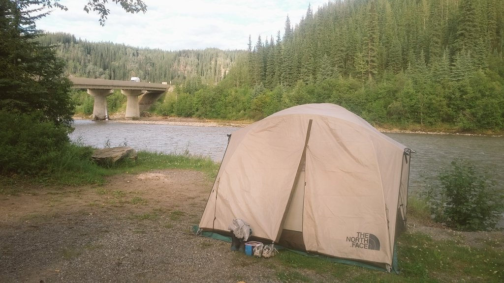 Work and Travel Canada Tenting
