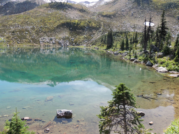 Monashee Lake - hiking