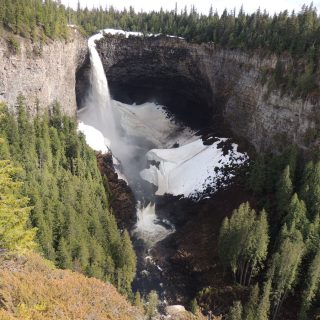 Helmcken falls Wells Gray Park