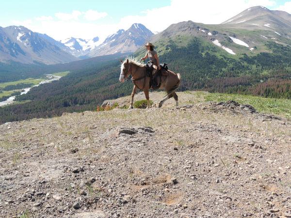 Canada Tours - riding the mountain